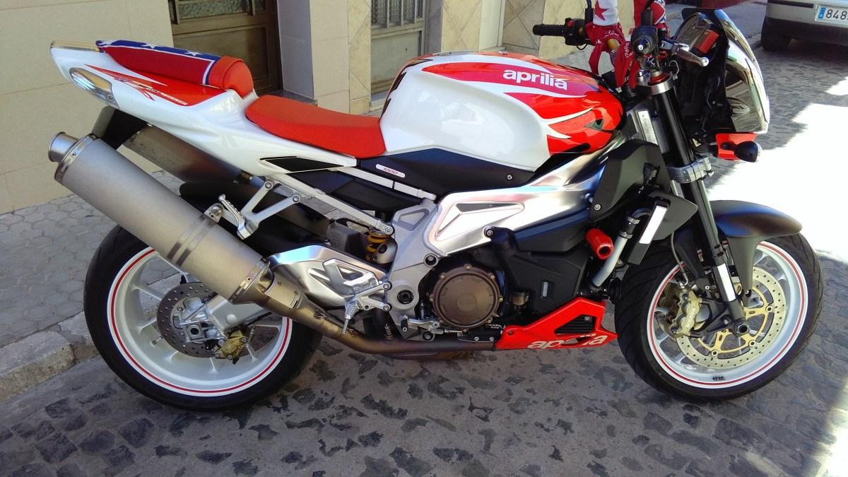 APRILIA TUONO 1000cc