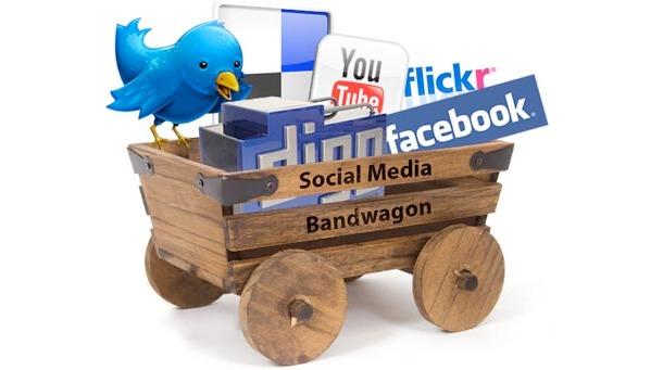 Herhangi bir sunumunda bu resmi kullanmamış hiç kimse 'Sosyal Medya Uzmanı oldum' diyemez. Tarih yazmamıştır.