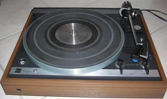 Dual-701-Direct-Drive-Turntable