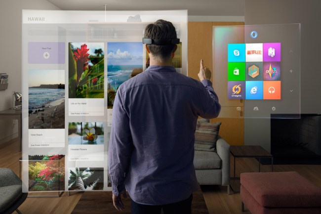 HoloLens gözünden oturma odanız.