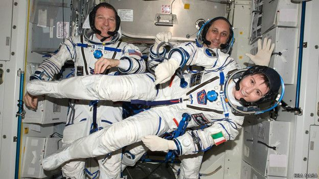150611115021_ciencia_astronauta_samantha_cristoforetti_624x351_esanasa