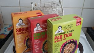 Singapore Noodle, Chow Mein and Pad Thai Kits