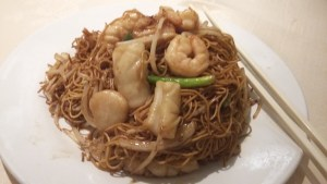 Seafood combo with dry noodles
