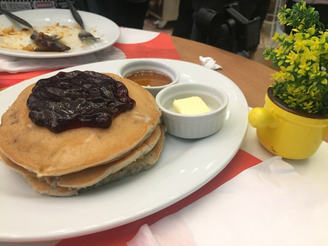 awesome blueberry pancakes