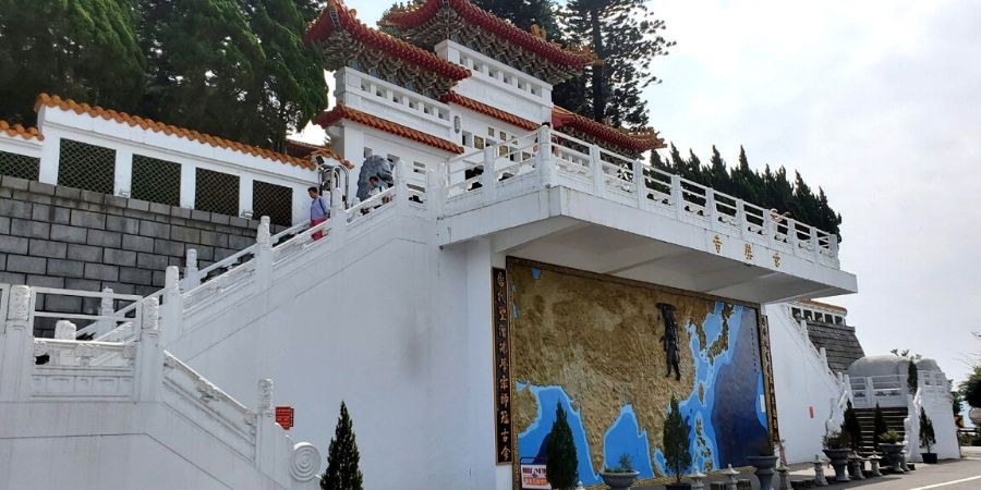 An image describing the Xuanzang's Journey to the West at Xuanzang Temple.