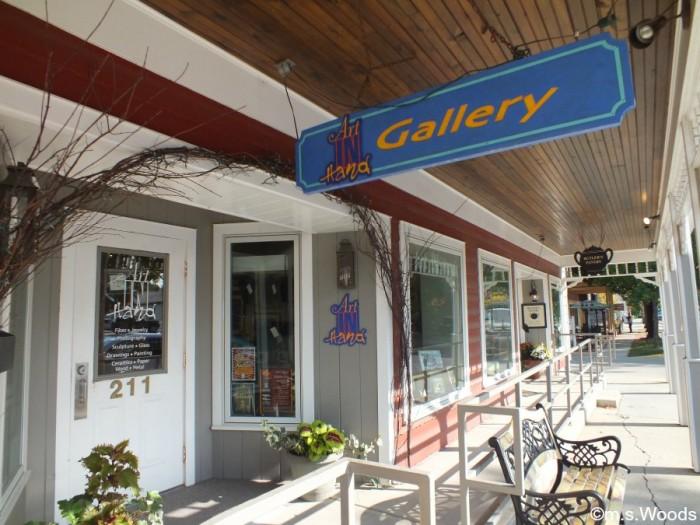 art-in-hand-gallery-zionsville-indiana