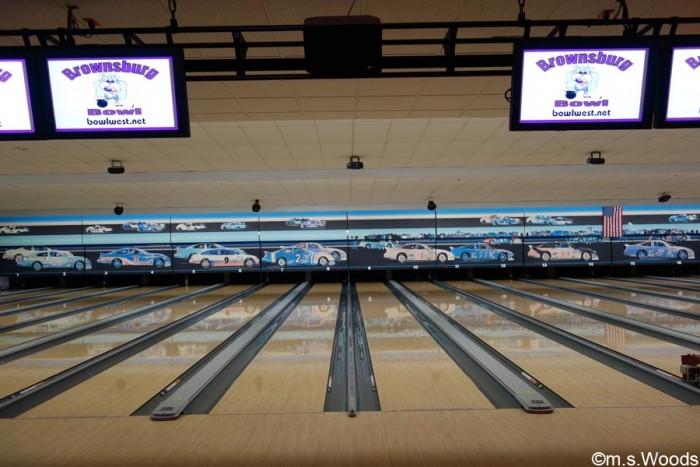 brownsburg-bowl-bowling-lanes