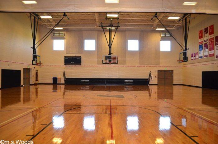 hendricks-county-ymca-basketball-court