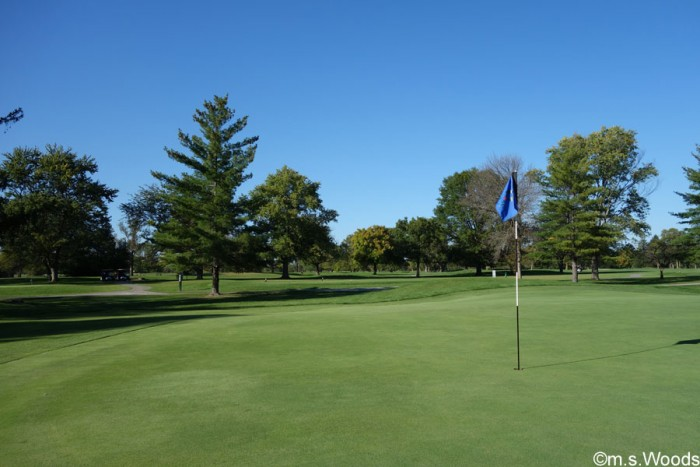 oak-tree-golf-course-putting-green-plainfield