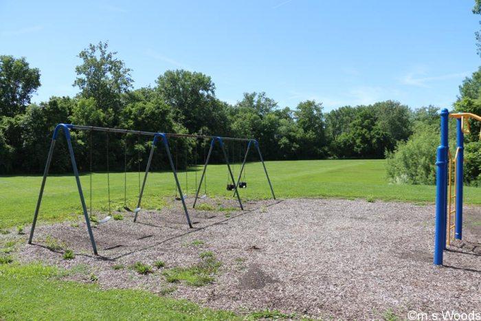 swing-set-in-rooker-run-park-mooresville