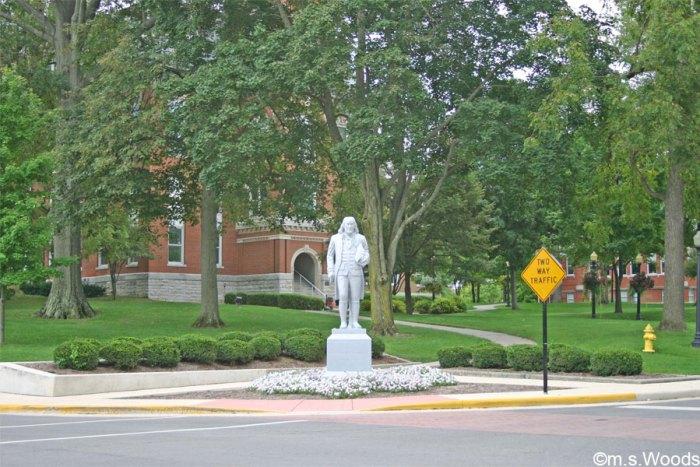 franklin-college-statue