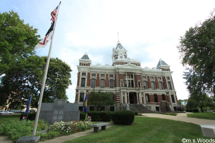 photo-franklin-johnson-county-court-house