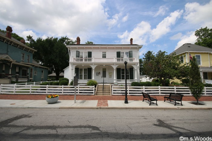street-view-of-james-whitecomb-riley-house-greenfield
