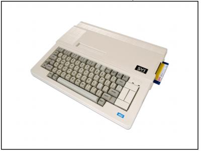 MSX SVI-738 con unidad de disco y modo de 80 columnas