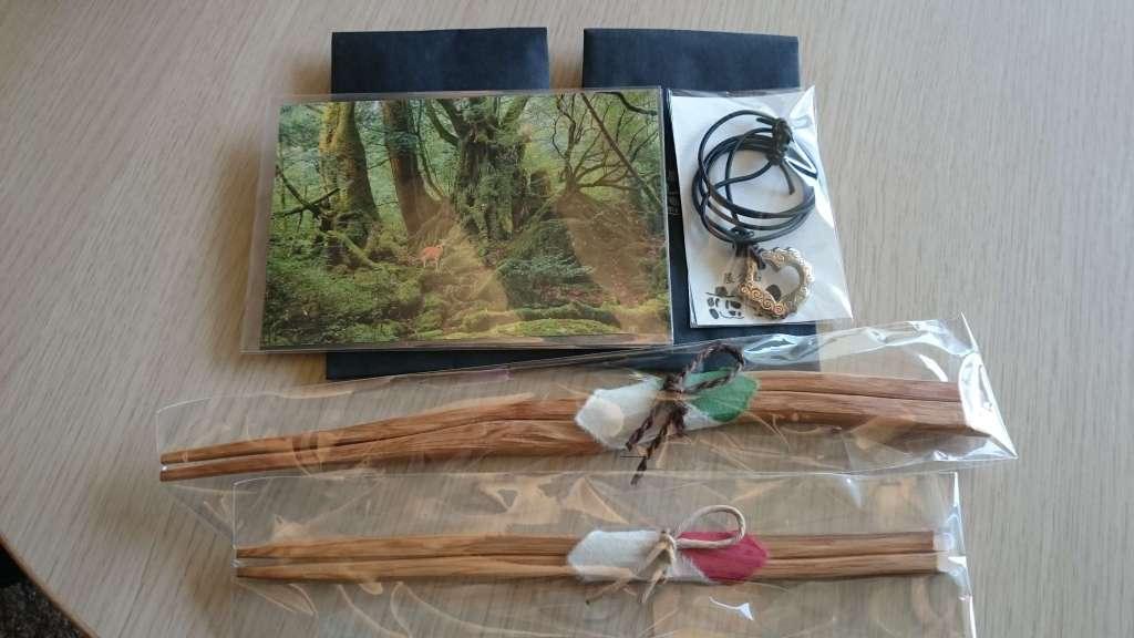 屋久杉で作った箸