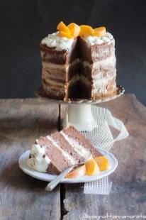 Naked Cake alla lavanda, con crema alle pesche gialle e limone di Claudia