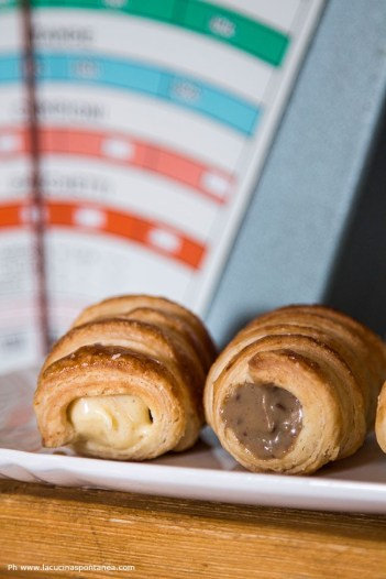 37. Marta e Chiara, Cannoli con mousseline al pralinato e con crema al caffè
