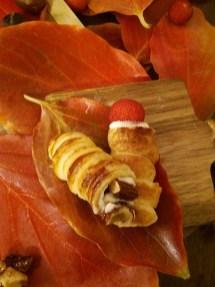 52. Katia, Cornucopie con crema chantilly ai corbezzoli e al croccante