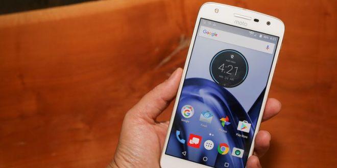 Motorola moto z play Android phone