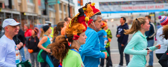 runnning-thanksgiving-day-race [Image: Sherry Lachelle Photography]