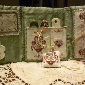 A Delicate Sound of Spring sewing set