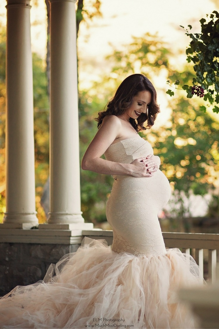 Maternity Photoshoot: Glamorous Fall Rainbow Baby Session