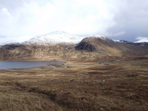 Walk up Chno Dearg and Stob Coire Sgriodain from Loch Ossian