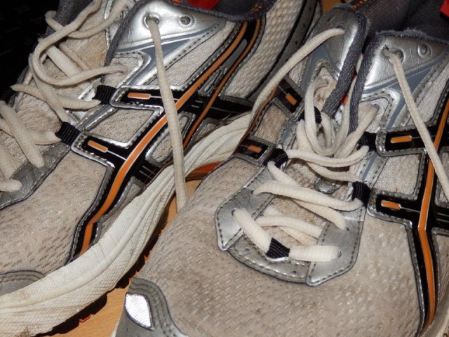 runningshoes_31_960