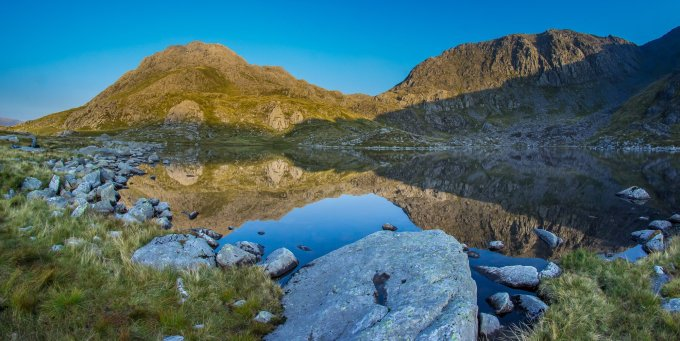 A better image of Tryfan and Llyn Bochlwyd