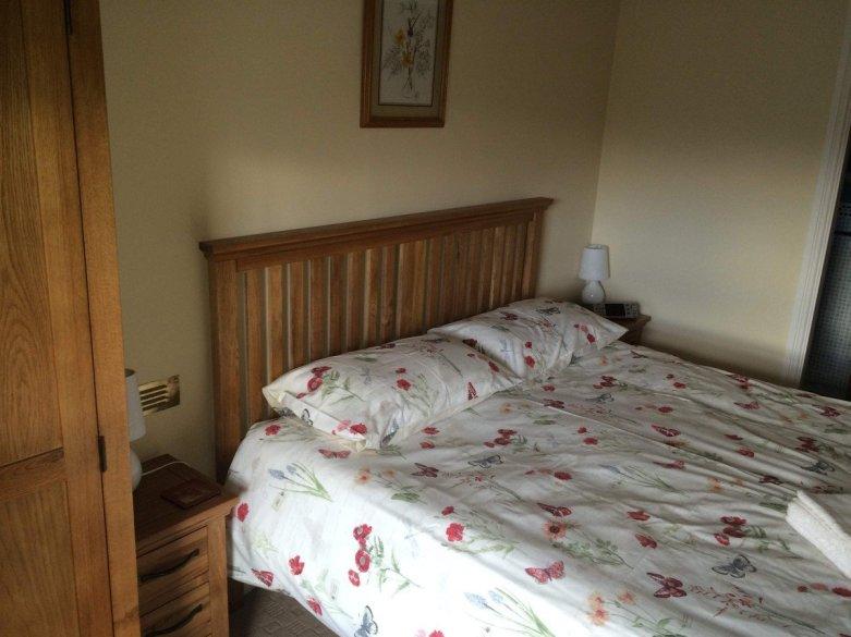 Bedroom1-1200x900