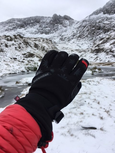 Extremities Women's Primaloft Mountain Glove Review