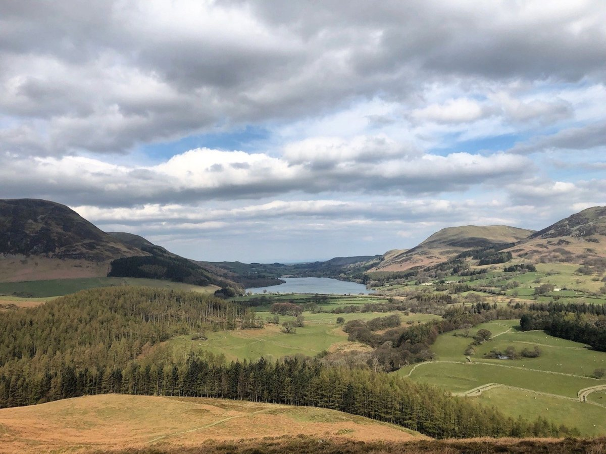 Walk up Mellbreak and Crummock Water