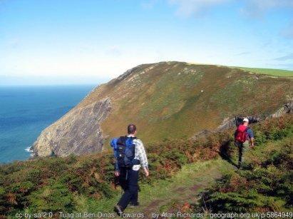 Towards Dinas Head