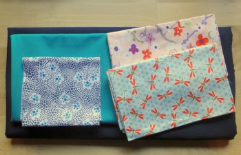 Tote bag fabric pull