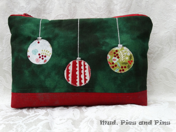 Festive pouch | Mud, Pies and Pins