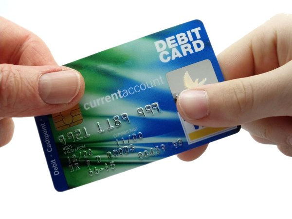 The details about debit and credit cards Plastic money