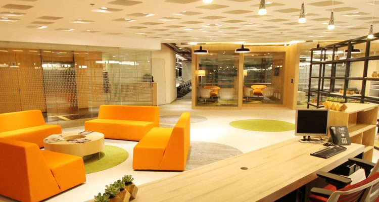 Diseño innovador en espacio corporativo