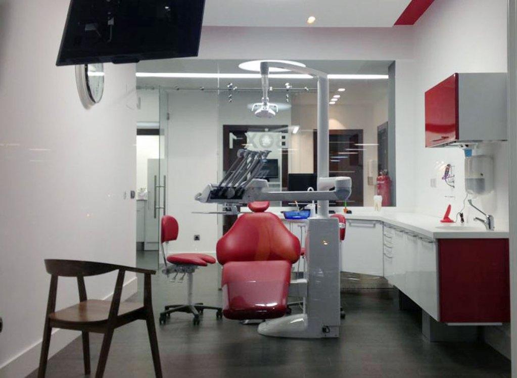 Mobiliario para cl nicas dentales y laboratorios de - Disenos clinicas dentales ...
