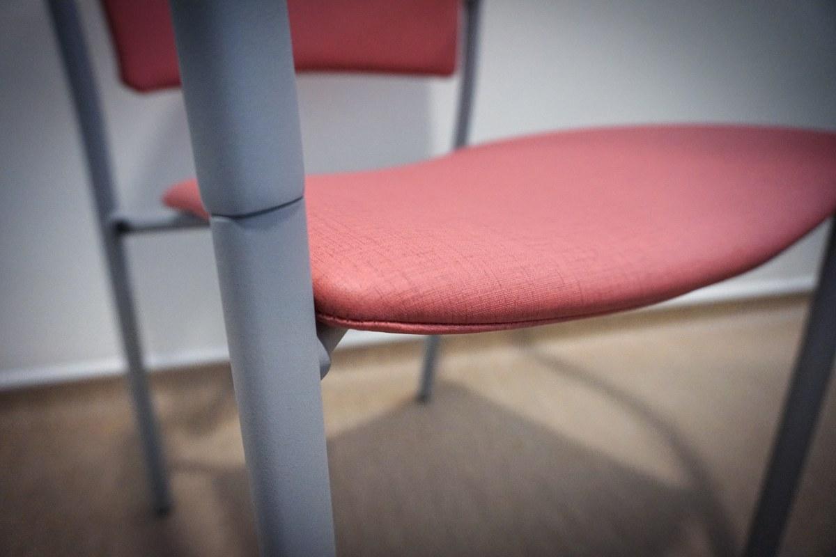 sillas eina de enea tapizadas en tela personalizada para cliente
