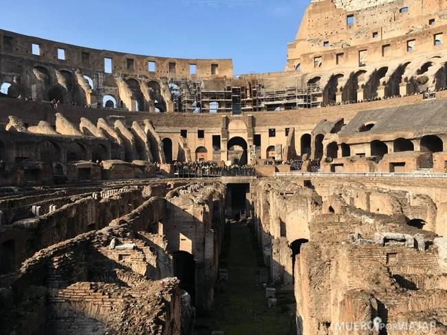 El coliseo de Roma desde dentro