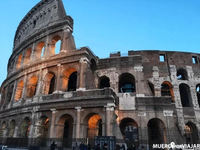 Espléndido Coliseo Romano, siempre imponente