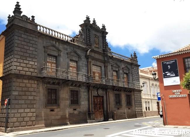 a Plaza del Adelantado en la ciudad de San Cristóbal de La Laguna en Tenerife