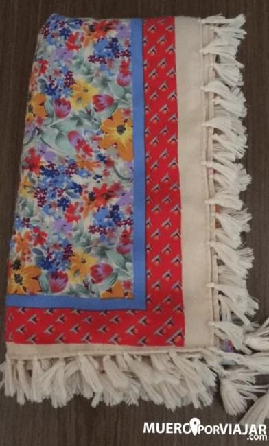 Siempre llevo un pañuelo grande o una bufanda para los vientos