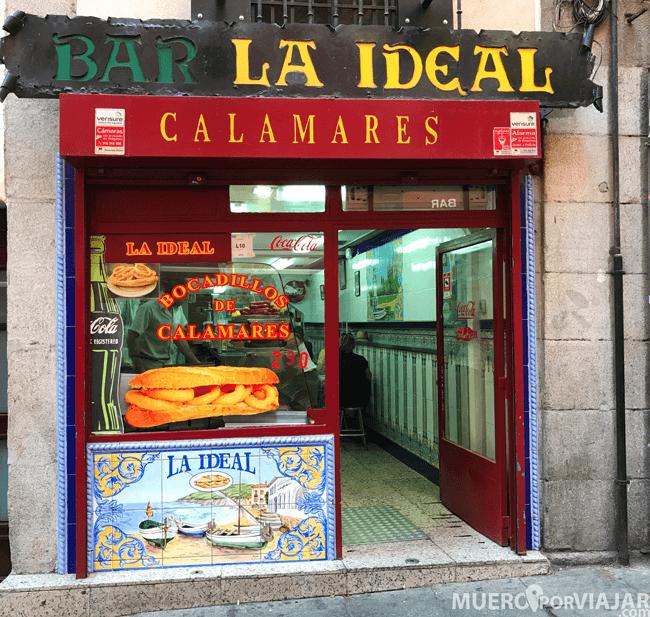 El bar que recomendamos para probar los bocadillos de calamares: La Ideal