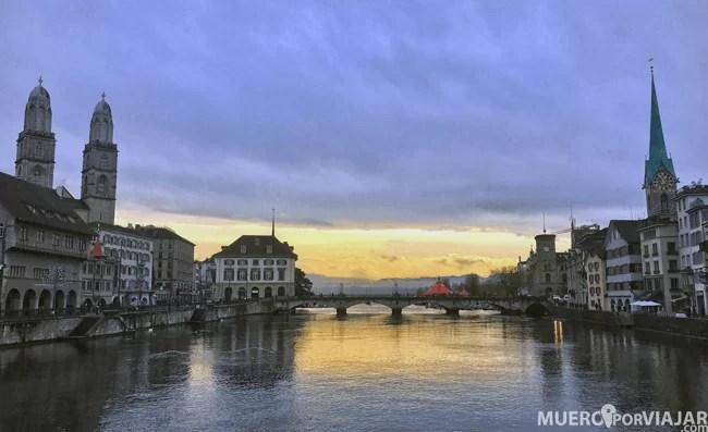 Un precioso atardecer en Zürich