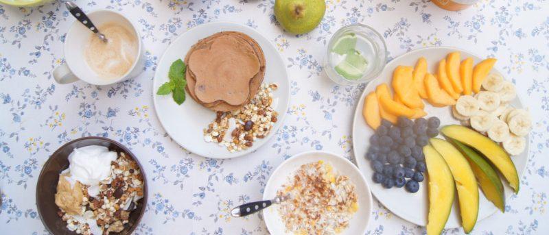 mesa de desayuno