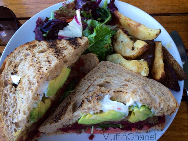 muffinchanel the plant organic cafe october favorites vegetarian lentils avocado beets mushrooms fries mixed greens