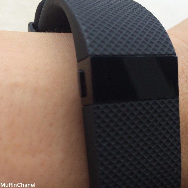 Fitbit Charge ChargeHR fitness band fit heart rate monitor design comfort review muffinchanel