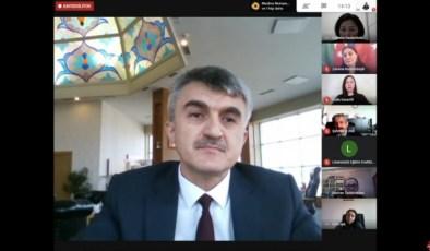 """DPÜ'de """"Türk dünyasının yeniden inşasında kadınların rolü"""" konulu panel"""