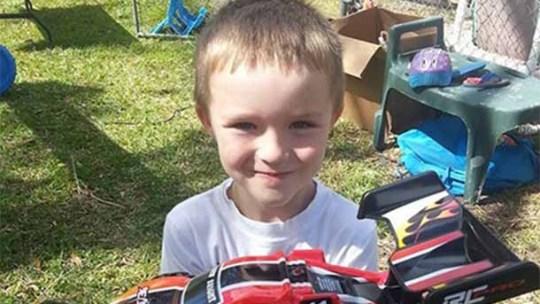 Ninguém apareceu na festa de aniversário deste menino autista… Mas o que aconteceu a seguir…